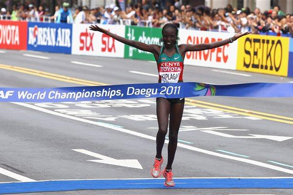 Edna Kiplagat wins the women's Marathon in Daegu (Getty Images)