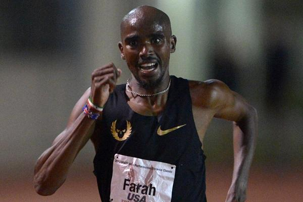 Mo Farah at the 2013 Oxy High Performance meeting (Kirby Lee)