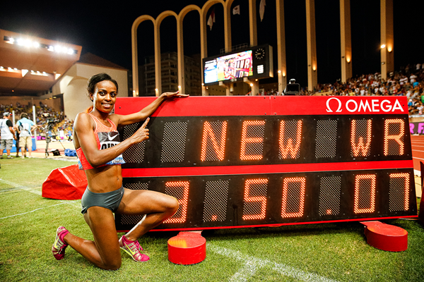 Genzebe Dibaba with her 1500m world record figures at the IAAF Diamond League meeting in Monaco (Philippe Fitte)