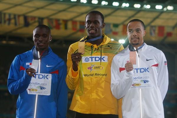 The medallists from the men's 200m final (L-R) Panama's Alonso Edward (silver), Jamaica's Usain Bolt (gold) and the USA's Wallace Spearmon (bronze) (Getty Images)