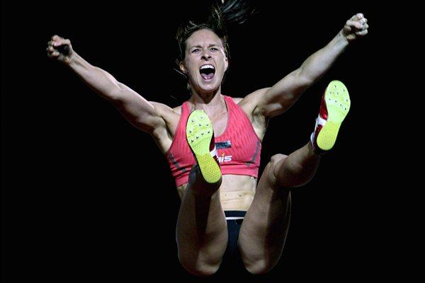 Alana Boyd celebrates her Australian all-comers Pole Vault record of 4.66 metres in Perth (Getty Images)