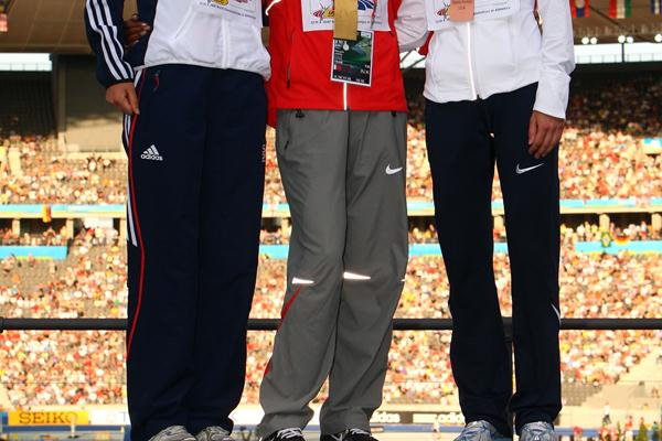 The women's 1500m medallists (L-R) Great Britain's Lisa Dobriskey (silver), Bahrain's Maryam Jamal (gold) and the USA's Shannon Rowbury (bronze) (Getty Images)