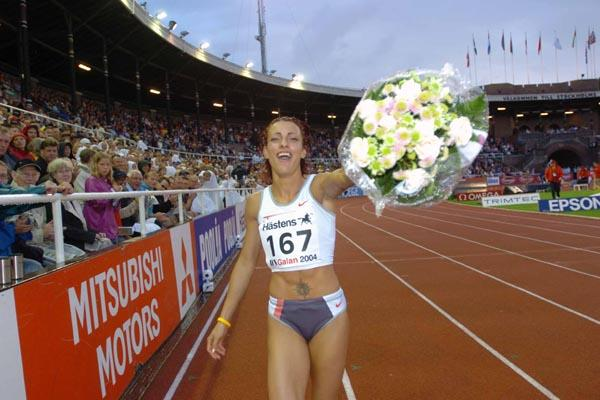 Ivet Lalova celebrates winning the 100m in Stockholm (Hasse Sjögren)