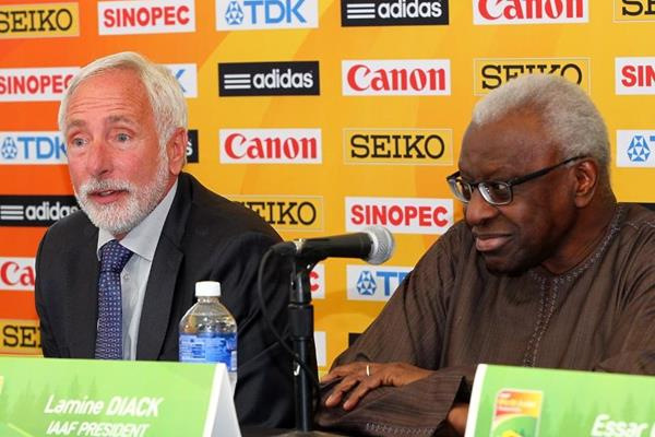 Tracktown president Vin Lananna and IAAF president Lamine Diack at the press conference ahead of the IAAF World Junior Championships, Oregon 2014 (Getty Images)