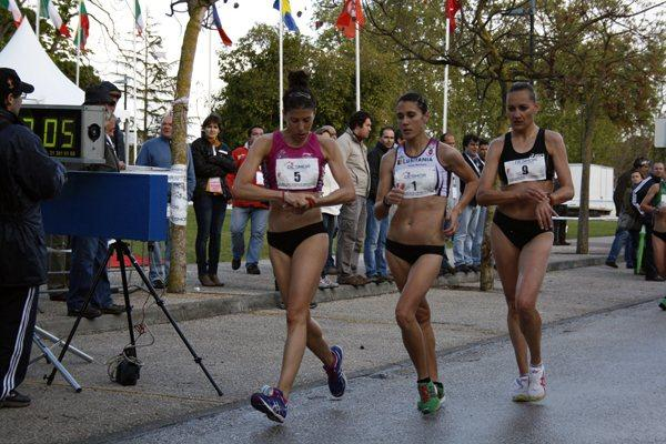Beatriz Pascual heads Ana Cabecinha and Claudia Steff  (organisers)