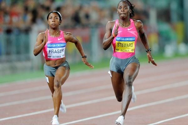 Kerron Stewart defeats Shelly-Ann Fraser in the 100m to clock 10.75, the fastest time in the world in 10 years (Getty Images)