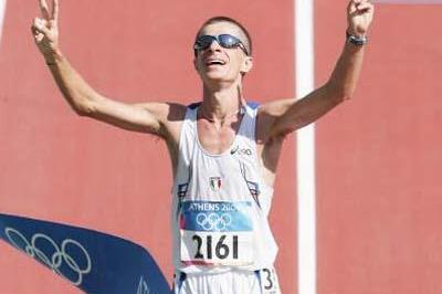 Ivano Brugnetti of Italy wins the men's 20km race walk (Getty Images)