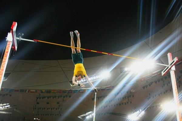 Steven Hooker of Australia sets an Olympic record of 5.96m to win pole vault gold (Getty Images)