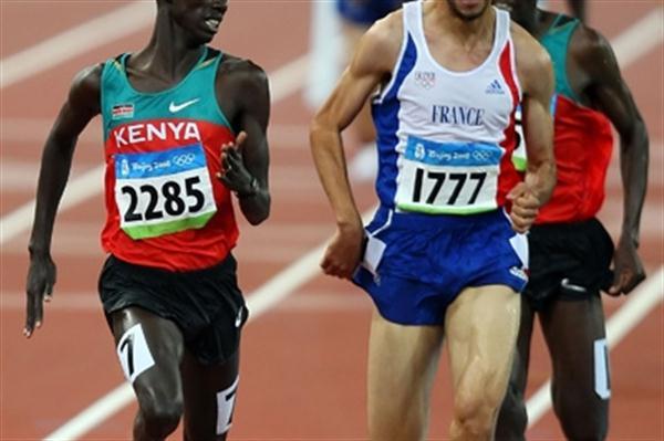 Brimin Kipruto holds off Mahiedine Mekhissi-Benabbad to win the Olympic steeplechase title (Getty Images)