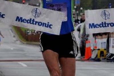 Olga Glok wins 2008 Medtronic Twin Cities Marathon (c)