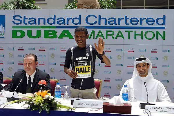 Haile Gebrselassie at  today's press conference in Dubai (c)