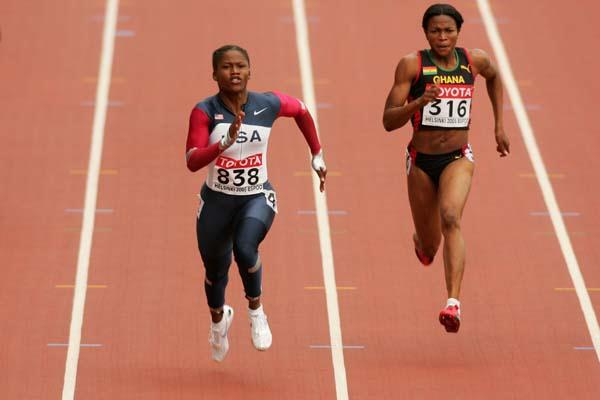Lauryn Williams of the USA in the women's 100m heats (Getty Images)