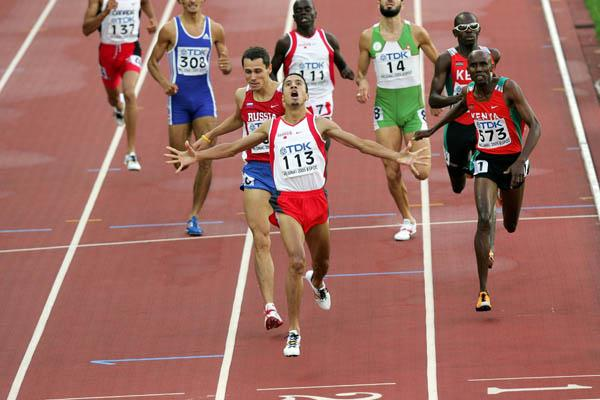 Rashid Ramzi of Bahrain wins the men's 800m (Getty Images)