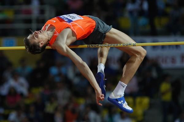 World Champion Yaroslav Rybakov wins the WAF high jump with a leap of 2.34m (Getty Images)