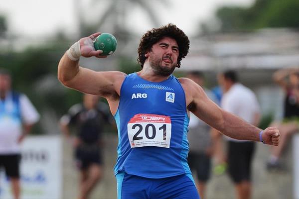 German Lauro winning at the 2013 South American Championships (Eduardo Biscayart)