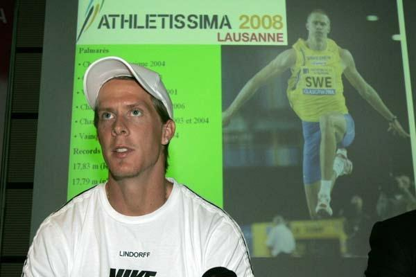Christian Olsson at the Athletissima press conference in Lausanne (loc)