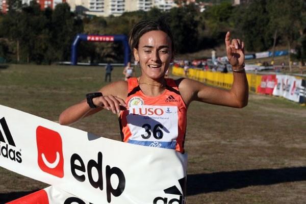 Inês Monteiro takes the victory in Oeiras XC 2008 (Marcelino Almeida)