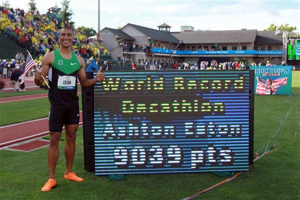 Ashton Eaton and his World record numbers in Eugene (Getty Images)