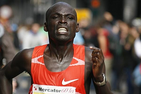 Kenyan William Biama powers towards the finish in Ljubljana (Bob Ramsak)