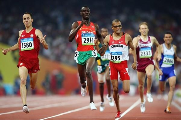 Ismail Ahmed Ismail, Manuel Olmedo and Gary Reed progress to the next round of the men's 800m (Getty Images)