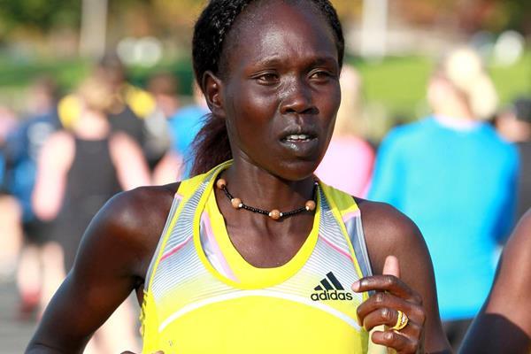 Flomena Cheyech of Kenya at the Toronto Marathon (Victah Sailer)