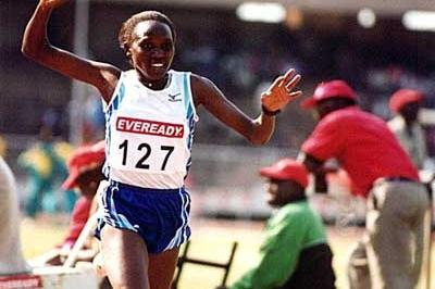 Leah Malot wins Kenyan Trials 10,000m (Omulo Okoth)