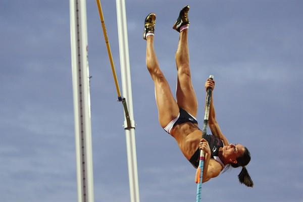 Yelena Isinbayeva attempts a world record, having won the pole vault with 4.80m (Getty Images)