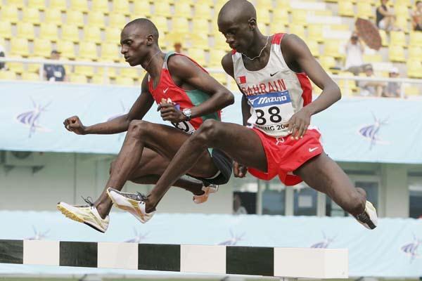 Bisluke Kipkorir Kiplagat and Tareq Mubarak Taher in the 3000m Steeplechase (Getty Images)