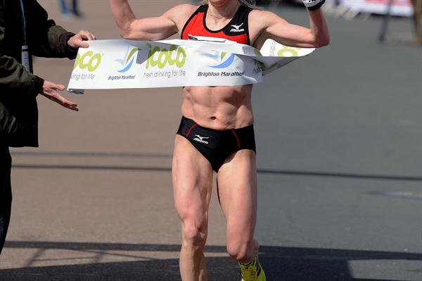 Sviatlana Kouhan wins the women's division of the 2012 Brighton Marathon (Mark Shearman)