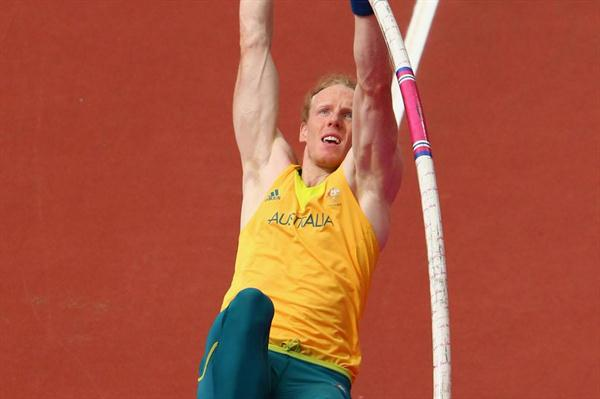 Steve Hooker of Australia competes in the Men's Pole Vault Qualifications on Day 12 of the London 2012 Olympic Games at Olympic Stadium on August 8, 2012 (Getty Images)