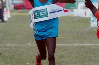 Mike Kigen of Kenya wins the men's race in Hannut, Belgium (Nadia Verhoft)