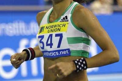 Jo Fenn running to a 1500m win at the UK indoor trials (Getty Images)