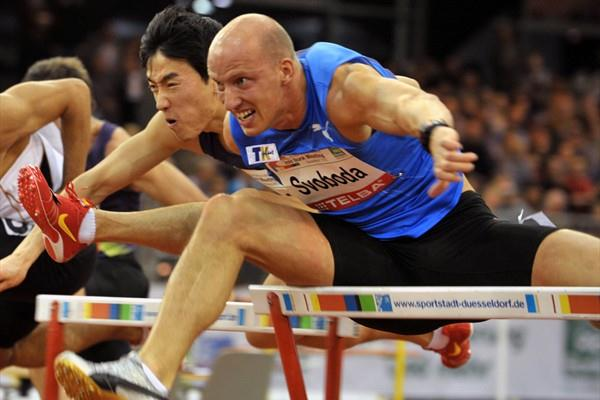 Petr Svoboda heads Liu Xiang at the PSD Bank Meeting in Düsseldorf (BENEFOTO)