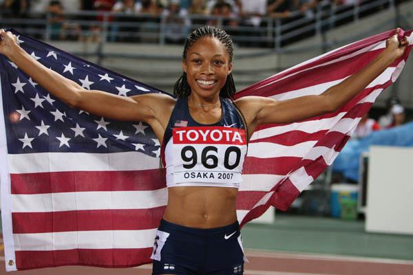 Allyson Felix celebrates winning gold in the women's 200m in Osaka (Getty Images)