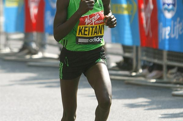 Mary Keitany running in London in 2011 (Getty Images)