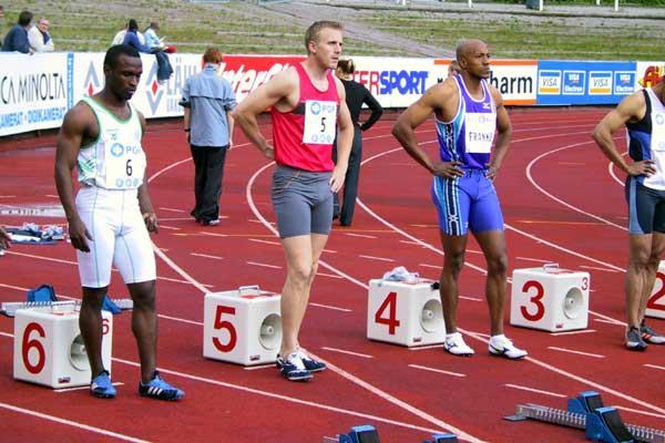 Frank Fredericks (NAM) lines up for the 100m in Lahti (Sonninen)
