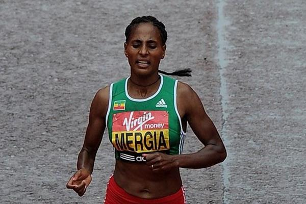 Aselefech Mergia at the 2010 London Marathon (Getty Images)