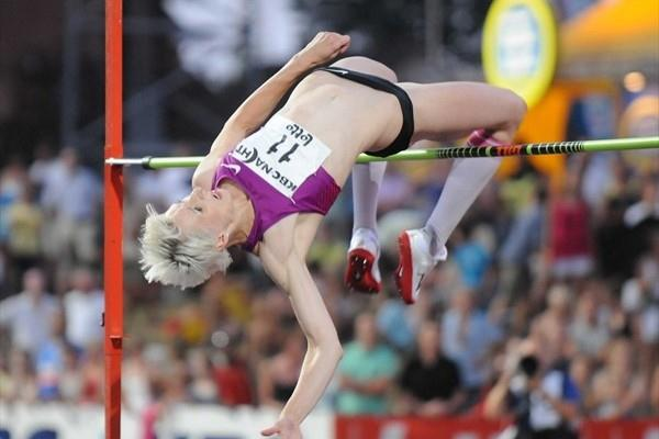 Ariane Friedrich improves to 2.02m in Heusden-Zolder (Nadia Verhoft)