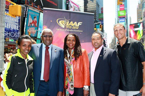 Tirunesh Dibaba, IAAF President Lamine Diack, Stephanie Hightower, USATF CEO Max Siegel and Decathlon legend Dan O'Brien in Times Square (Victah Sailer)