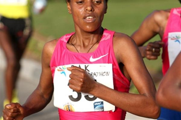 Mare Dibaba improves to 1:07:13 at the RAK Half, finishing second (Victah Sailer)