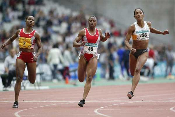 Chandra Sturrup wins 100 metres in Paris (Getty Images)