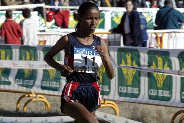 Werknesh Kidane running in Soria (Tejedor)