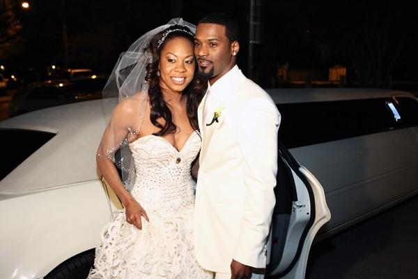 Sanya Richards marries Aaron Ross on the day of her 25th birthday (Errol Anderson)