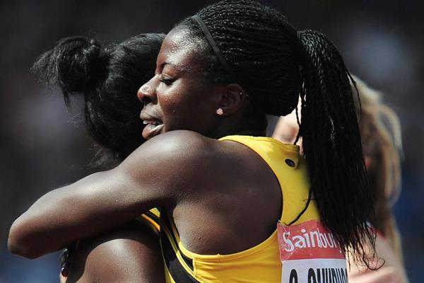 Christine Ohuruogu with younger sister Victoria at the 2013 British Championships (Getty Images)