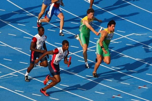 USA & RSA teams during the Men's 4x100m relay (Getty Images)