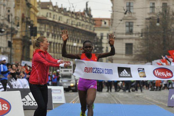 Joyce Chepkirui wins at the 2012 Hervis Prague Half Marathon  (organisers)