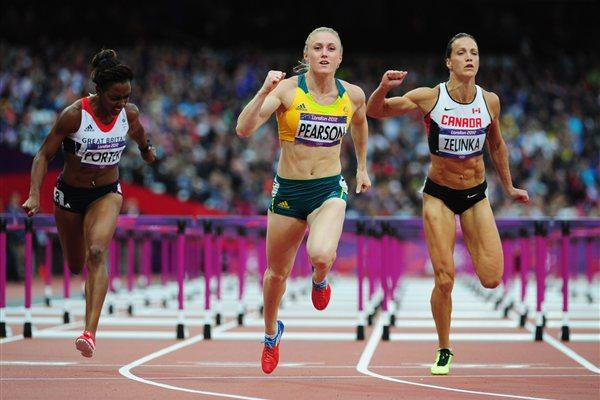 Sally Pearson of Australia leads Tiffany Porter of Great Britain and Jessica Zelinka of Canada in the Women's 100m Hurdles Semifinals on Day 11 of the London 2012 Olympic Games on 7 August 2012 (Getty Images)