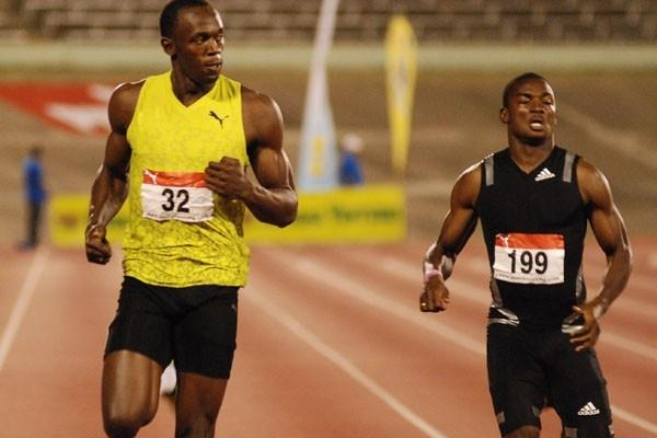 Usain Bolt completes the sprint double at the 2009 Jamaican champs (Anthony Foster)