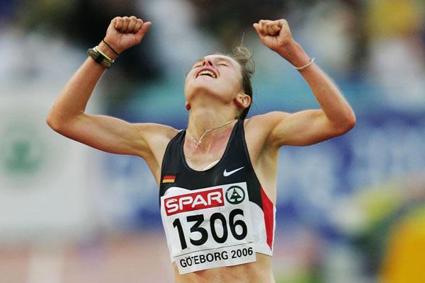 Savouring the moment - Ulrike Maisch winning the marathon in Gothenburg (Getty Images)