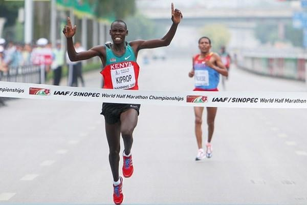 Wilson Kiprop ends Zersenay Tadese's reign in Nanning (Getty Images)